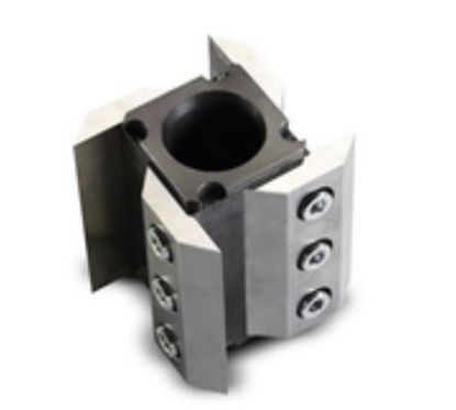 rotor with straight cutting edges and fixed knives made of hardened stainless steel