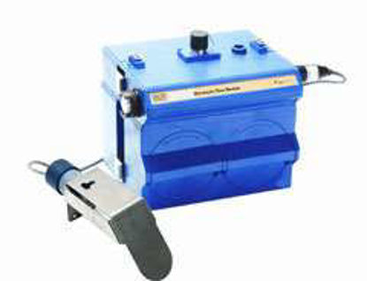 2110 Ultrasonic Module with 2191 Battery Module and 2 m sensor. Includes carrying handle with suspension strap 2110 and 2191 module maintenance kits instruction manual and a coupon for free Isco Open Channel Flow Measurement Handbook. Requi