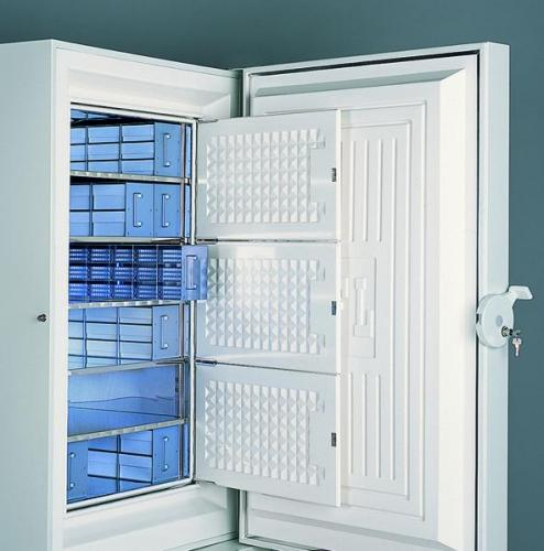 Additional Shelves for Upright Freezers (300/500l volume)